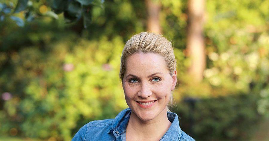 In ihrem Garten sät Nachrichtensprecherin Judith Rakers all das Gemüse aus, das sie selbst gerne isst.