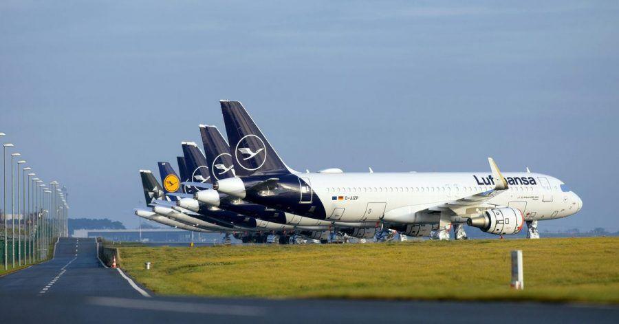Wegen Corona sind weniger Flugzeuge in der Luft - und bei Lufthansa können die Kunden jetzt bis Ende Mai kostenlos beliebig oft umbuchen.