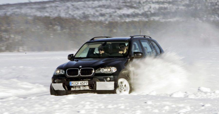 Drifts und mutwillige Ausflüge in den Grenzbereich des Autos haben nichts im Straßenverkehr zu suchen.
