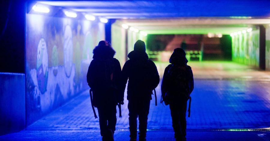 Der seelische Druck bei jungen Menschen ist während der Corona-Pandemie gestiegen. Den Judgendlichen fehlen ein geregelter Tagesablauf und außerschulische Aktivitäten.
