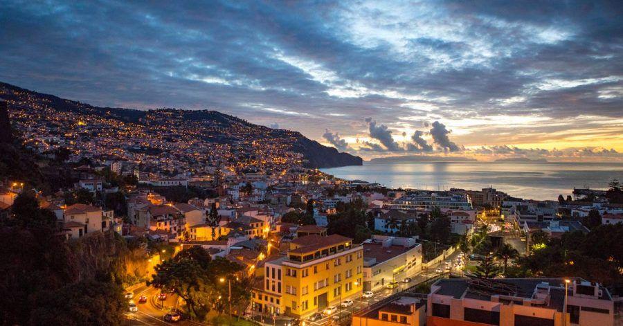 Perle im Atlantik:Madeira hat die Testpflicht für Reisende aufgehoben, die gegen das Coronavirus geimpft sind oder die Infektion überstanden haben.