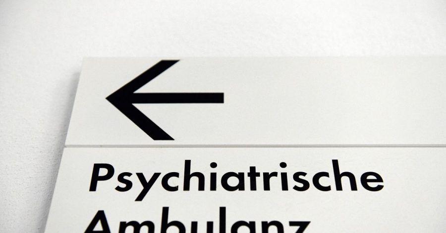 In Berlin kommen seit Beginn der Corona-Pandemie deutlich mehr Kinder und Jugendliche zur Behandlung in psychiatrische Kliniken.