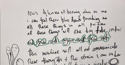 Der Notizblock, auf dem die britische Band Entwürfe und Skizzen für ihr zweites Album «The Bends» festgehalten hat.