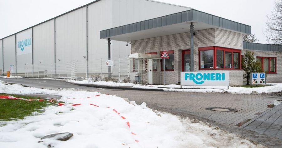 Blick auf die Eisfabrik von Froneri. In dem Werk ist es zu einem größeren Corona-Ausbruch gekommen.
