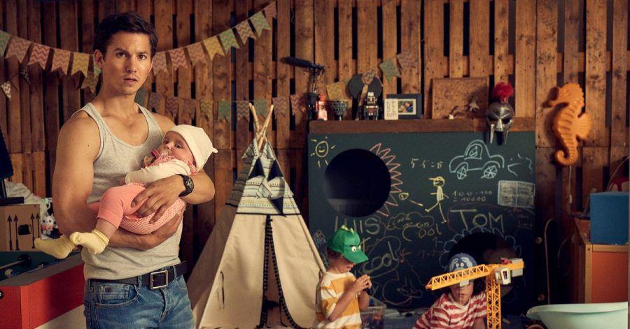 Wenn Timo (Tim Oliver Schultz) sich um die drei gemeinsamen Kinder kümmert, will er unbedingt alles richtig machen.