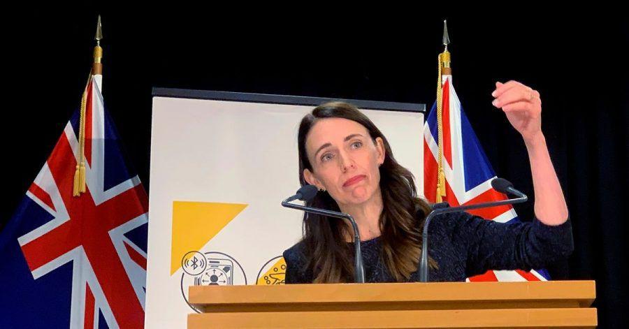 Jacinda Ardern, Premierministerin von Neuseeland, spricht mit den Medien.