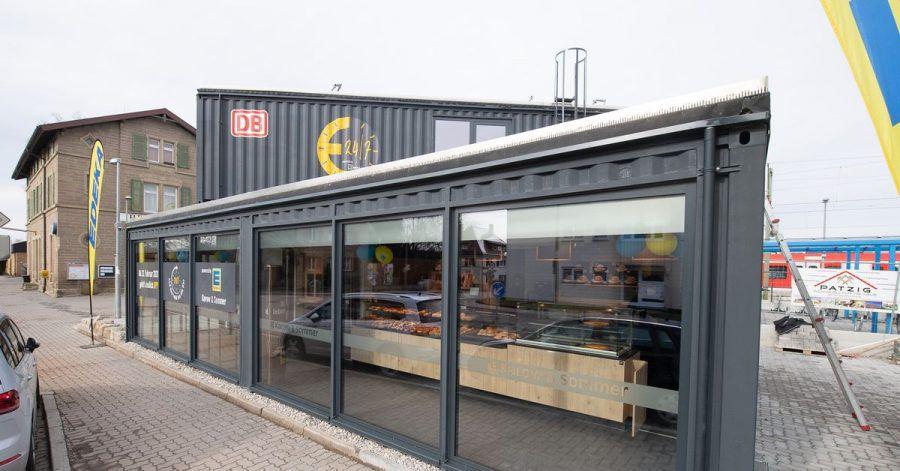 Container eines voll automatisierten Edeka-Supermarktes.