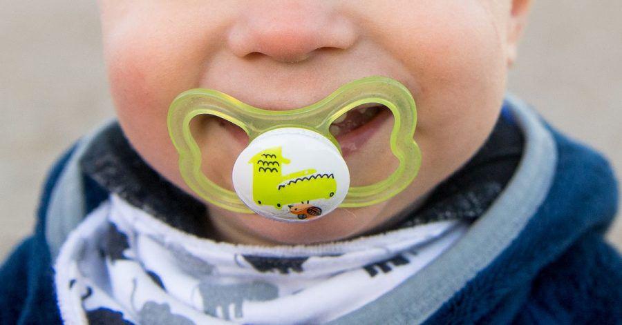 Geliebt und verflucht zugleich: Schnuller vermitteln Kinder ein StückSicherheit.