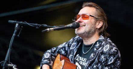 Stefan Stoppok bei einem Konzert 2018 in Essen.