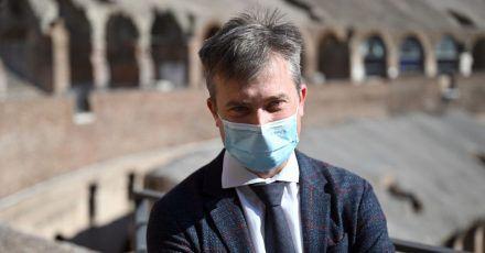 Gabriel Zuchtriegel bei seiner Vorstellung im Inneren des Kolosseums. Der 39-Jährige wird neuer Direktor des Archäologieparks Pompeji.