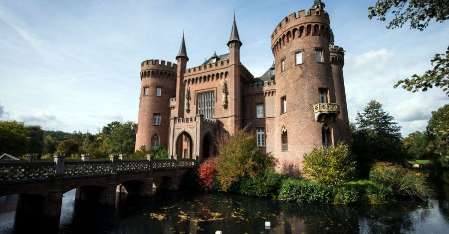 Das Beuys-Museum Schloss Moyland.