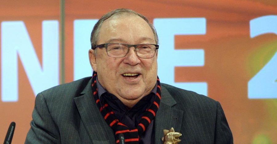 Jaecki Schwarz wurde 2013 für sein Lebenswerk mit einer Goldenen Henne geehrt.