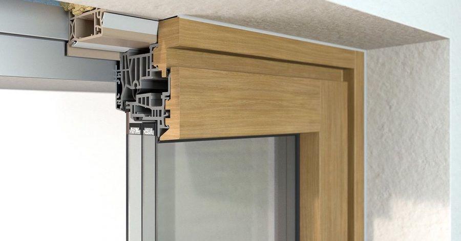 Werden Fenster über sogenannte Einbaurahmen im Gebäude integriert, lassen sich Bauschäden eher vermeiden und ein Austausch ist später einfacher möglich.