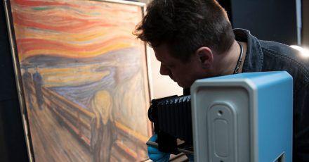 Mit der Infrarotkamera dem Geheimnis auf der Spur:Edvard Munchs «Der Schrei» wird durchleuchtet.