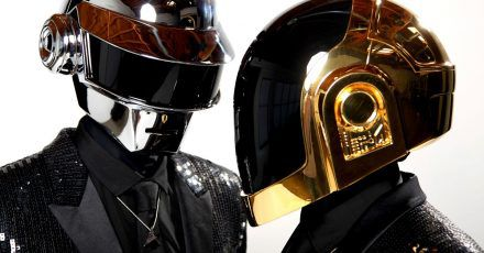 Thomas Bangalter (l) und Guy-Manuel de Homem-Christo vom Elektro-Duo Daft Punk 2013 in Los Angeles.