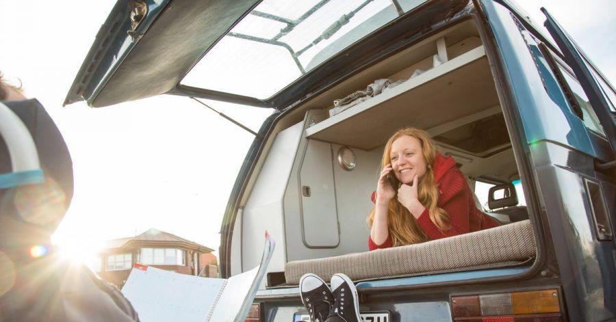 Camping mit dem Wohnmobil ist eine der wenigen Urlaubsformen, die in der Corona-Zeit regelrecht geboomt haben.