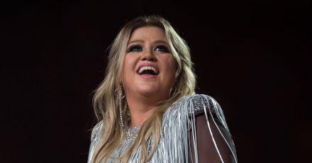 Kelly Clarkson hat schwierige Monate hinter sich. Aber Jill Biden gibt der Sängerin Hoffnung.