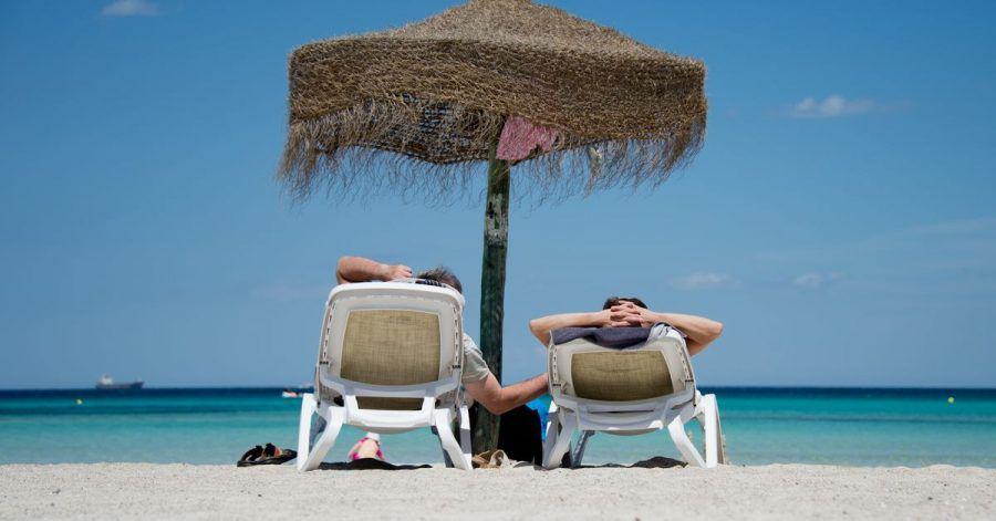 Laut dem Tourismusbeauftragten der Bundesregierung können sich die Deutschen berechtigte Hoffnungen auf einen Sommerurlaub im Ausland machen.