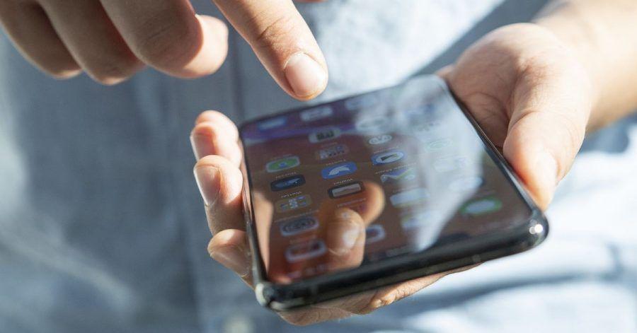 Qual der Wahl: Die meisten Smartphones sind mit verschiedenen Speicheroptionen zu haben. Nutzungskriterien helfen bei der Entscheidung.