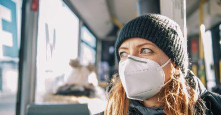 FFP2-Masken müssen eng anliegen. Nur dann bieten sich den erhofften hohen Schutz.
