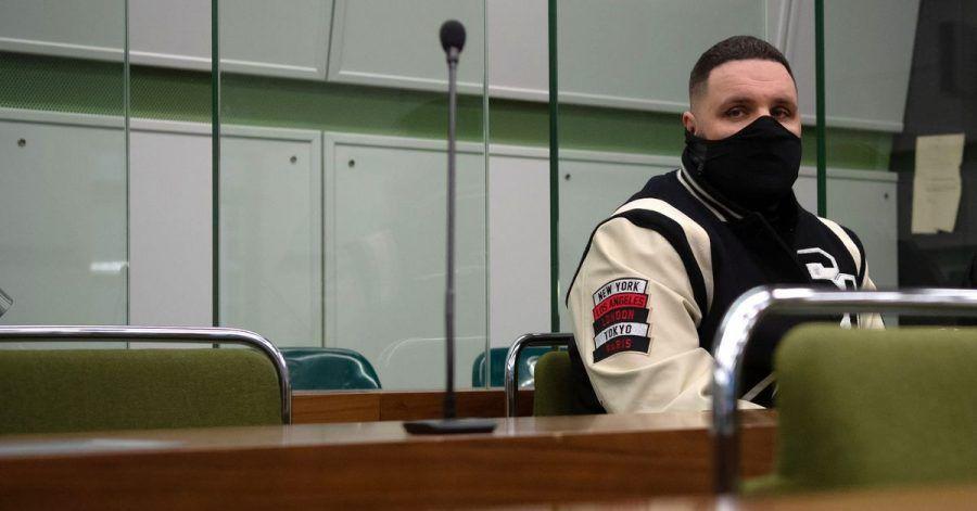 Fler, bürgerlich Patrick Losensky, war zum Abschluss des Prozesses nicht anwesend. Bei seinem letzten Auftritt vor Gericht war er wutentbrannt hinausgestürmt. (Archivbild)