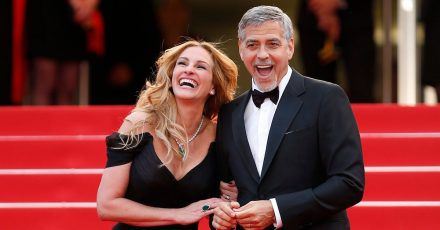 Die US-Schauspieler Julia Roberts und George Clooney stehen gemeinsam vor der Kamera - als Ex-Eheleute.