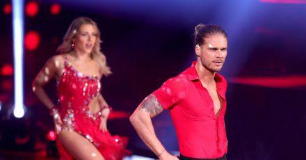 """Zum Auftakt der neuen """"Let's Dance""""-Staffel steht Rúrik Gíslason auf der Bühne."""