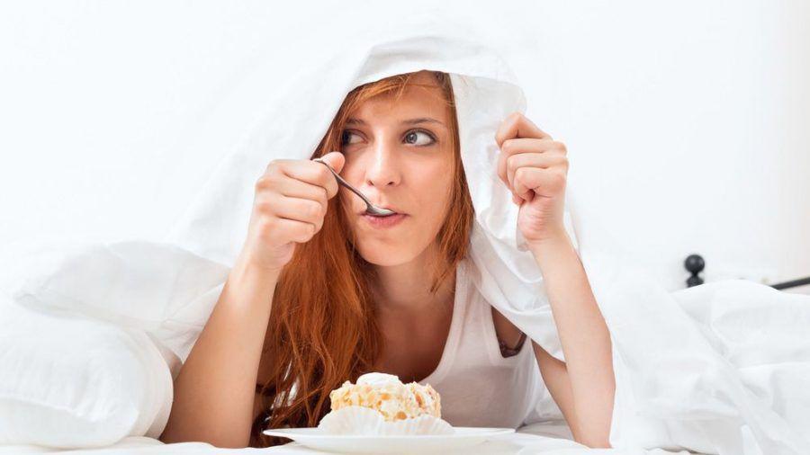Die Ernährung spielt bei der Schlafqualität eine große Rolle. (eee/spot)