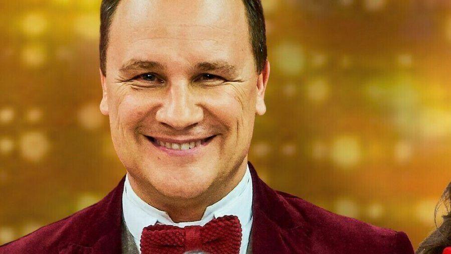 "Guido Maria Kretschmer führt durch die Krebsvorsorge-Show ""Showtime of my Life - Stars gegen Krebs"". (jru/spot)"
