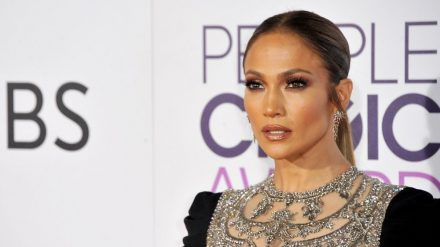 Jennifer Lopez ist demnächst gleich in zwei Netflix-Produktionen zu sehen. (wag/spot)