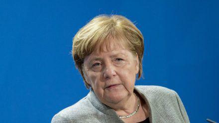 Angela Merkel bei einer Pressekonferenz in Berlin. (hub/spot)