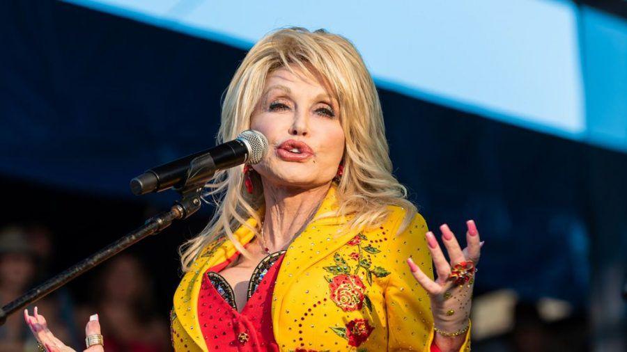 Nimmt Dolly Parton irgendwann noch die Freiheitsmedaille an? (dr/spot)