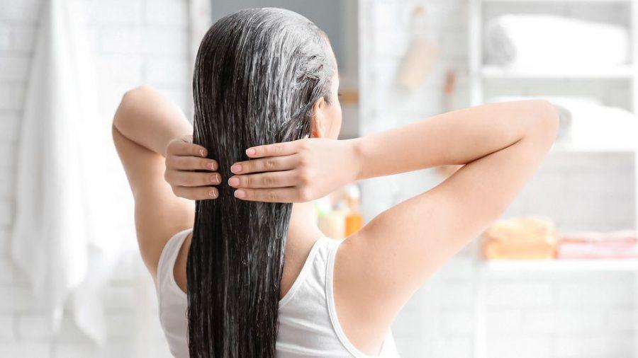 Wer seine Haare zu ausgiebig pflegt, tut sich keinen Gefallen. (kms/spot)