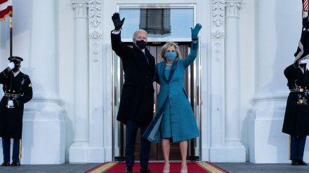 Joe Biden und seine Ehefrau Jill bei seiner Amtseinführung als US-Präsident (wue/spot)