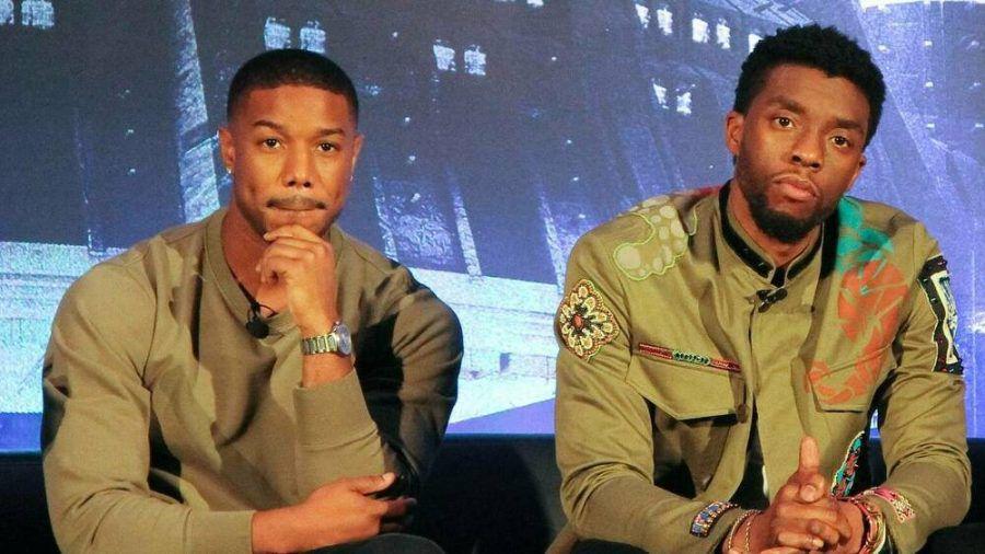 Michael B. Jordan (l.) und Chadwick Boseman auf einer Pressekonferenz im Jahr 2018 (wue/spot)