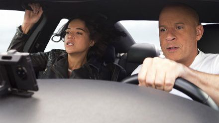 """Vin Diesel und Michelle Rodriguez in """"Fast & Furious 9"""". (mia/spot)"""