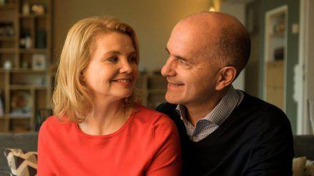 """Anne (Annette Frier) und Erik (Christoph Maria Herbst) in """"Merz gegen Merz"""" (wue/spot)"""
