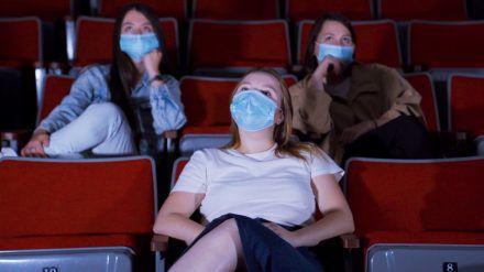 Die Kinos sollen möglichst bald wieder aufmachen (wue/spot)