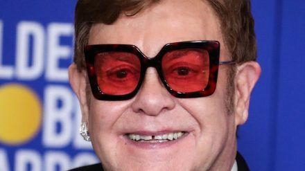 Elton John bei den Golden Globes 2020. (mia/spot)