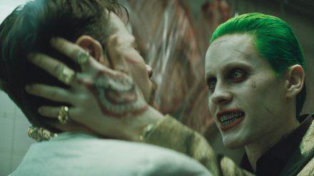 """So sieht er in """"Zack Snyder's Justice League"""" nicht mehr aus: Jared Leto hatte zuletzt 2016 den Verbrecher-Clown Joker gespielt. (jom/spot)"""