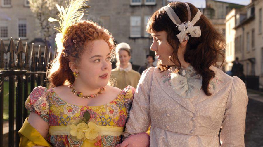 Nicola Coughlan (l.) als Penelope Featherington und Claudia Jessie als Eloise Bridgerton. (hub/spot)
