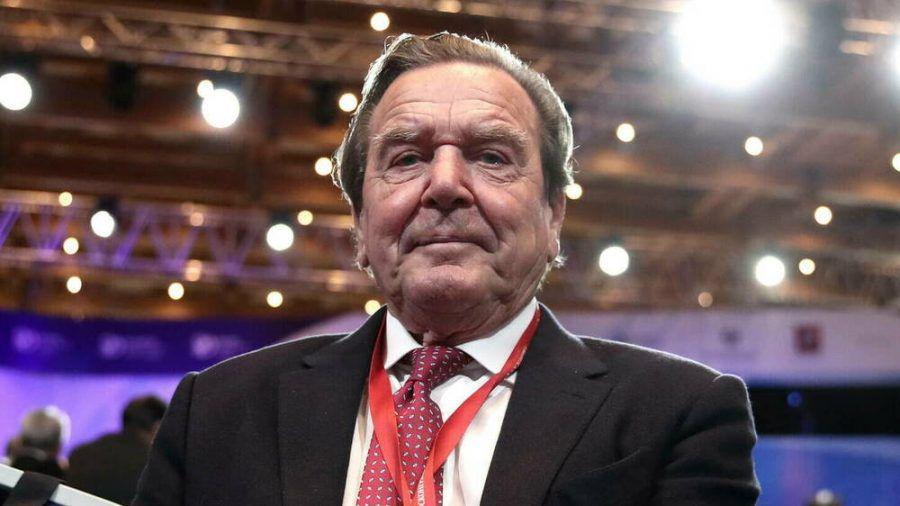 Altbundeskanzler Gerhard Schröder reagiert auf angedrohte Sperrung seines LinkedIn-Accounts. (ili/spot)