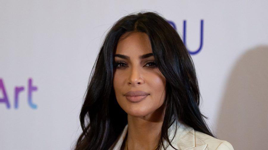 Wie viel verrät Kim Kardashian über ihre Trennung? (hub/spot)