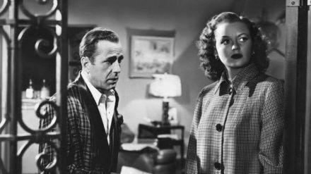 """Humphrey Bogart und Martha Stewart in """"Ein einsamer Ort"""" (stk/spot)"""