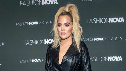Ist Khloé Kardashian etwa verlobt? (jru/spot)