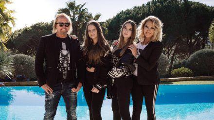 Robert und Carmen Geiss mit den Töchtern Davina und Shania (ili/spot)