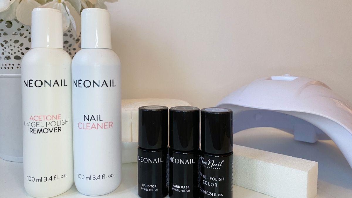 """Trend-Test: Lohnt sich ein UV-Nagellack-Set von """"NEONAIL"""" für Zuhause?"""