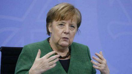 Angela Merkel hat über die nächsten Schritte beim Impfen aufgeklärt. (stk/spot)