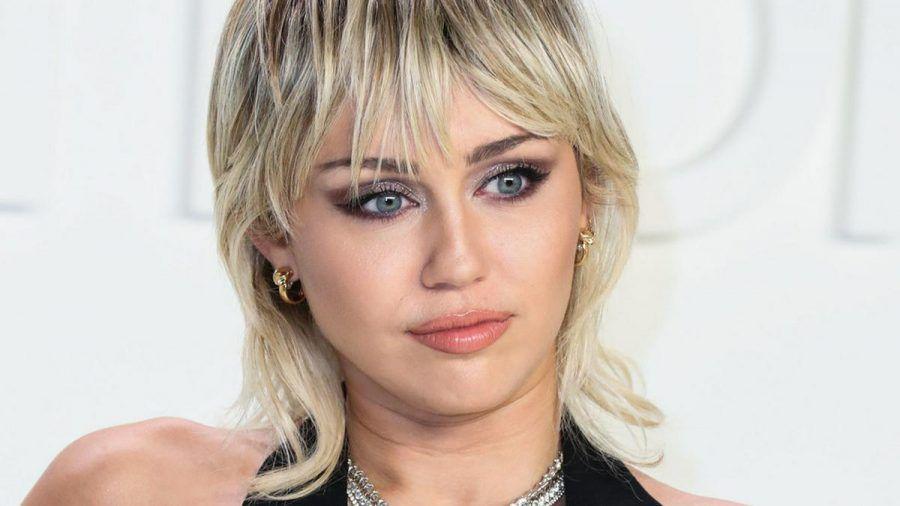 Sängerin Miley Cyrus ist aktuell wohl die berühmteste Vokuhila-Trägerin. (cos/spot)