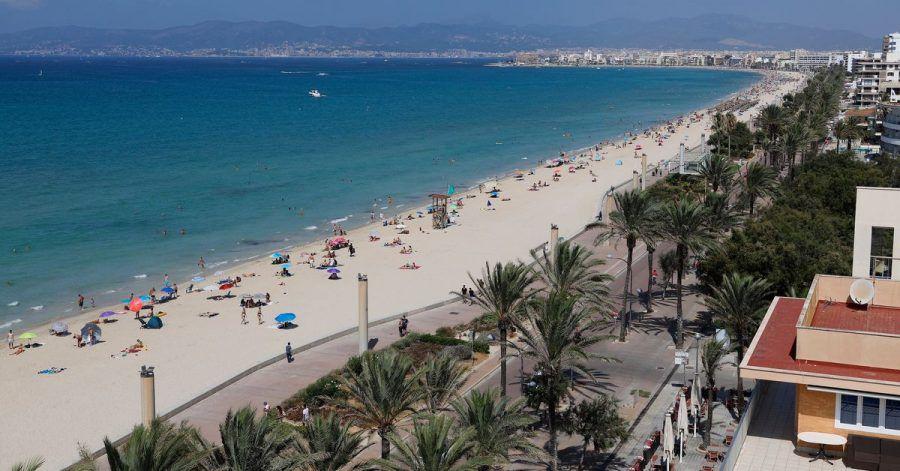 Zum Themendienst-Bericht vom 31. März 2021: Mallorca-Urlauber sollten sich rechtzeitig um einen Corona-Test kümmern. Für die Heimreise brauchen sie ein negatives Ergebnis.